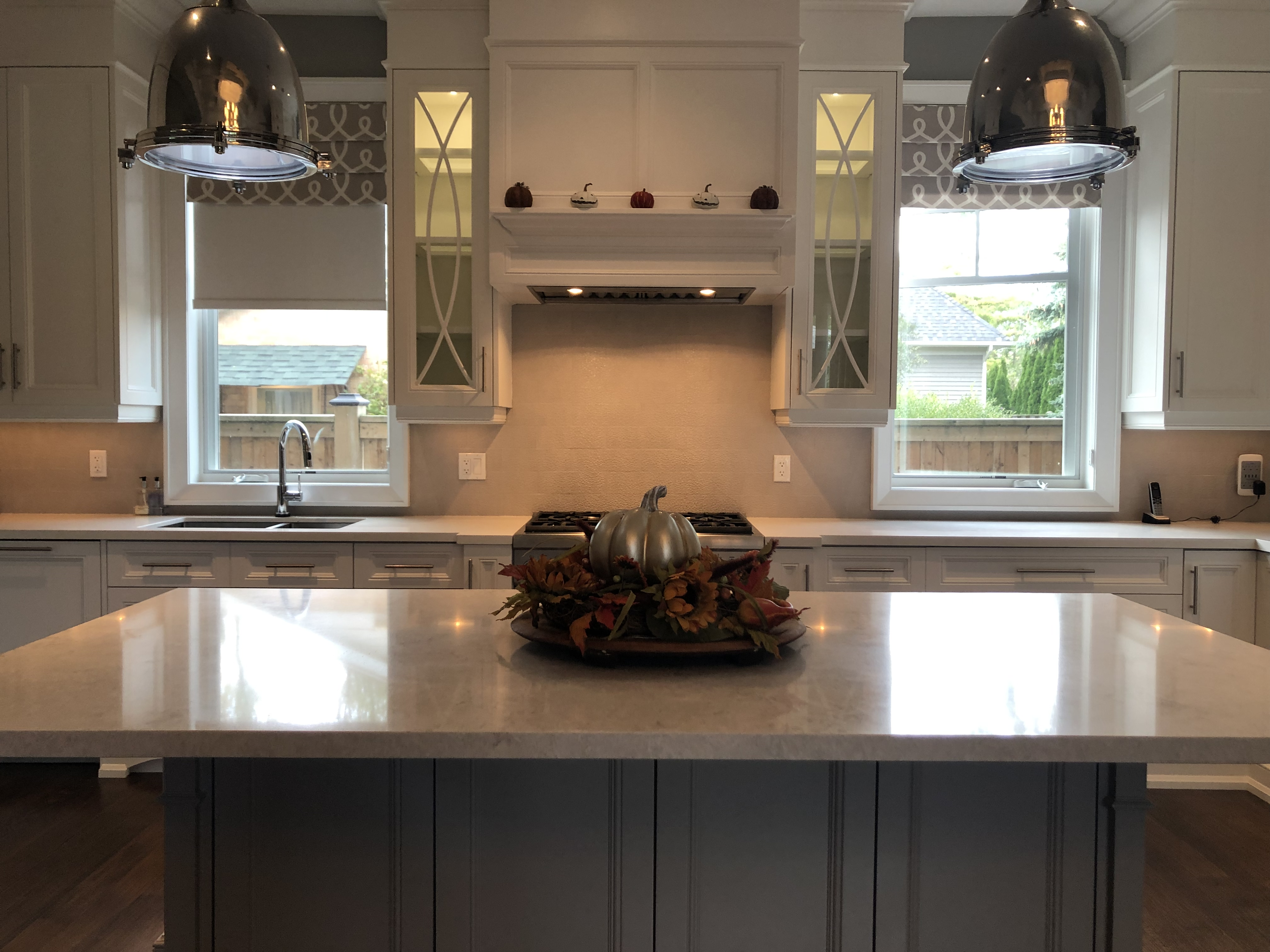Spray Painted Kitchen Cabinets in Mississauga